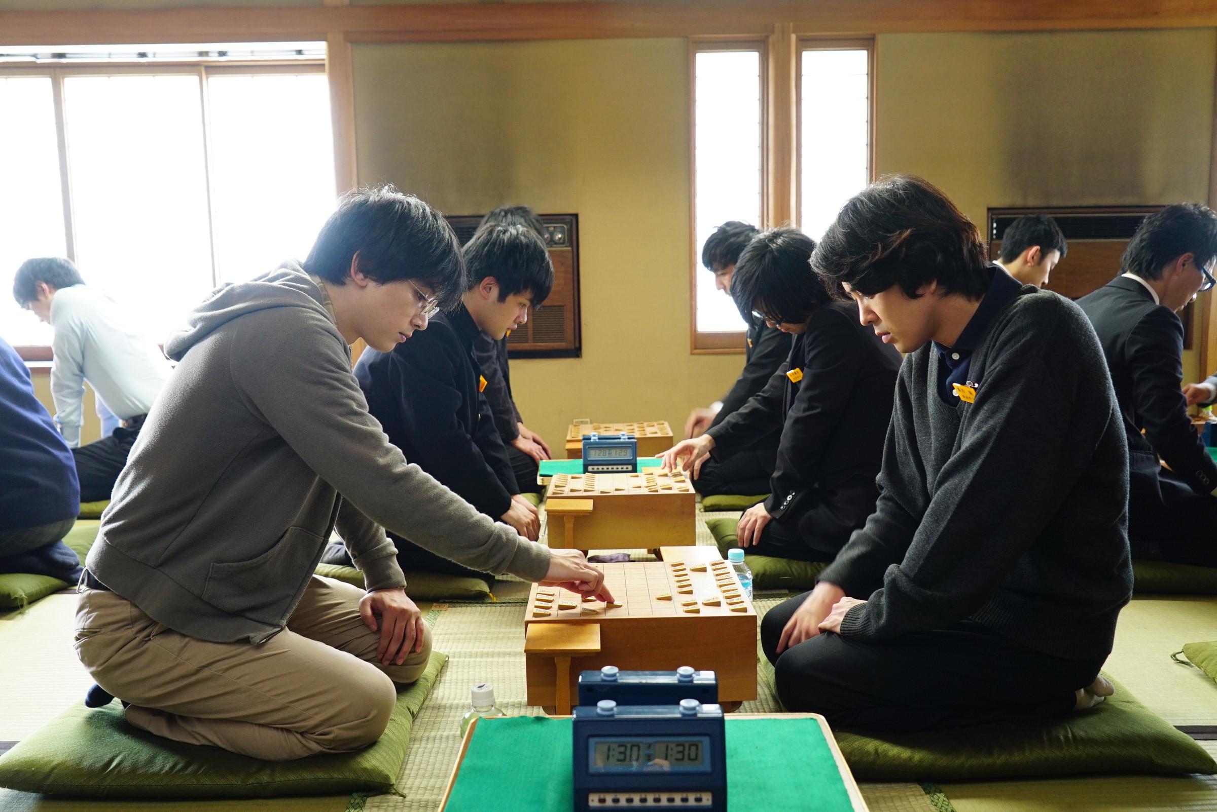 今でも将棋のルールは知りません