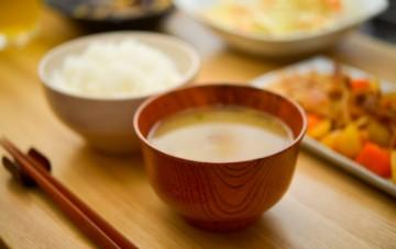みそ汁 食卓 食事 和食 味噌汁