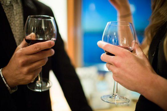 アルコール お酒 デート 飲みデート ワイン