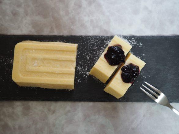 クリームチーズとレモン汁のおかげで豆腐感少なめ