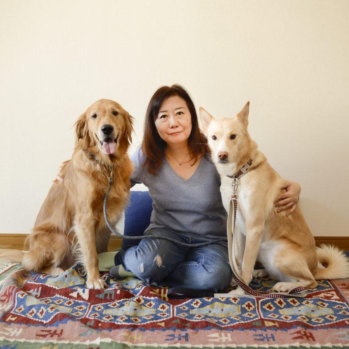 多頭飼育崩壊の現場を前に、警察が「問題ない」という日本