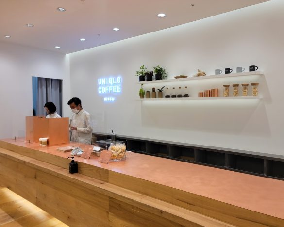 ユニクロ銀座店の最上階にオープンした「UNIQLO COFFEE」