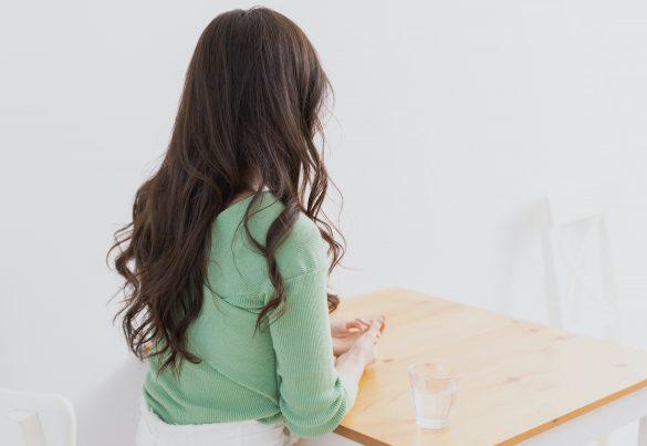 ホストの彼氏にベタベタするお客にイラッ。家デート中に鉢合わせして大惨事に